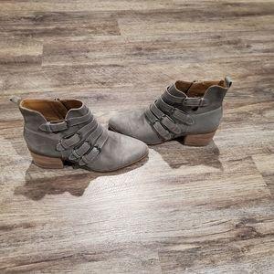 Lucky Brand Loreniah Fashion Boot
